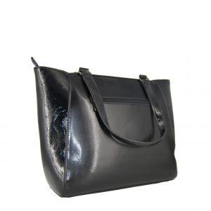 Doca τσάντα ώμου γυναικεία μαύρη με ανάγλυφο λογότυπο